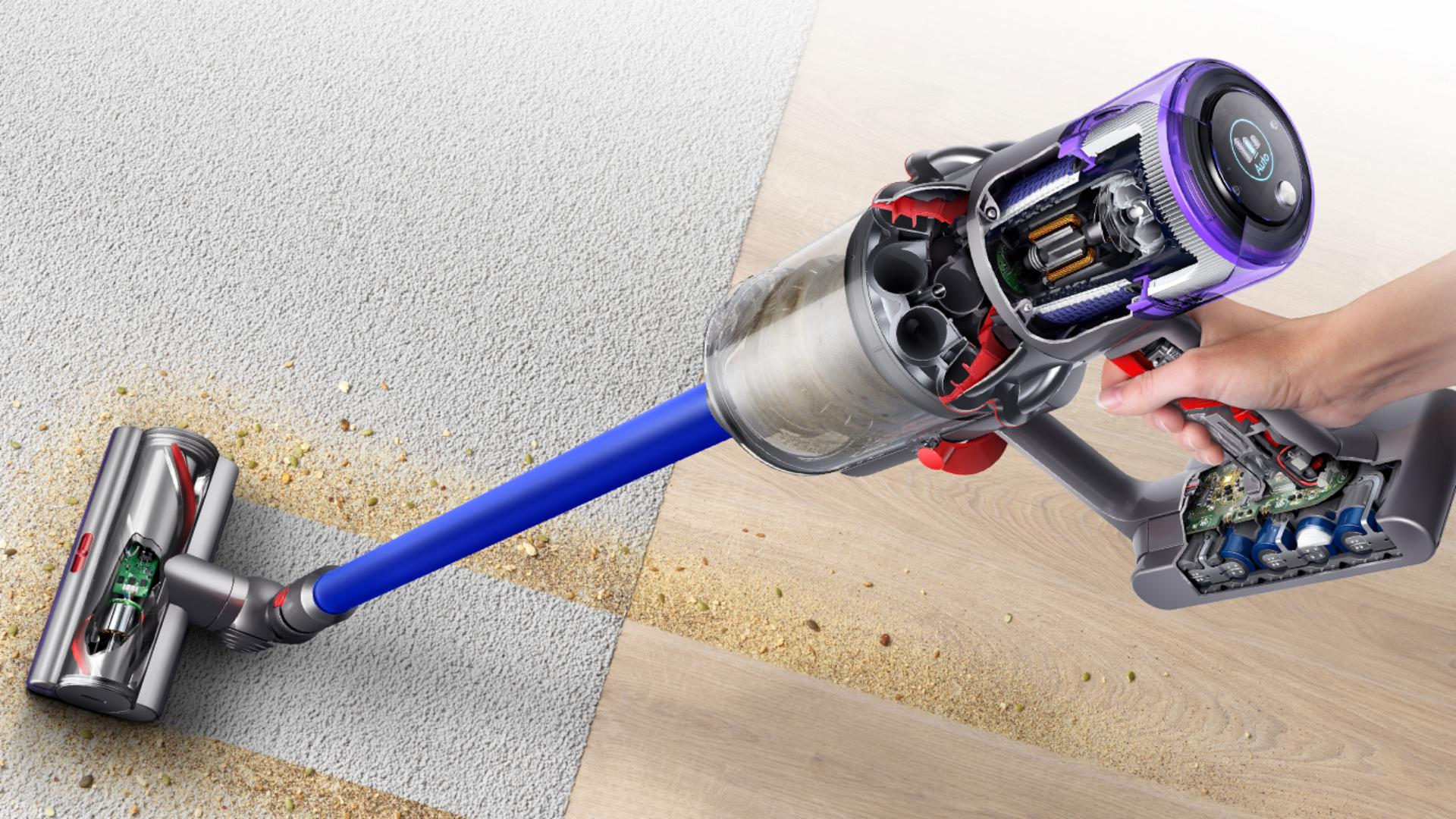 Dyson V11 vaccum cleaner lifting dirt from carpet