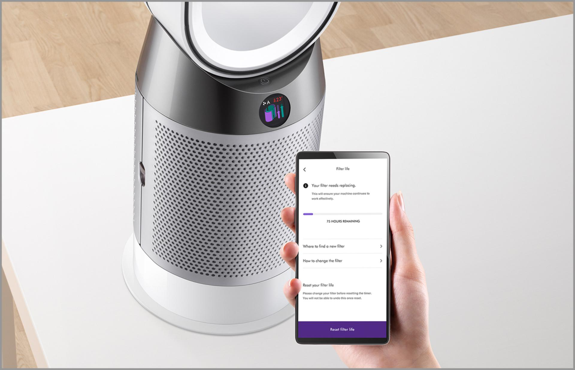 Demonstration of Dyson Link app controlling purifier fan heater
