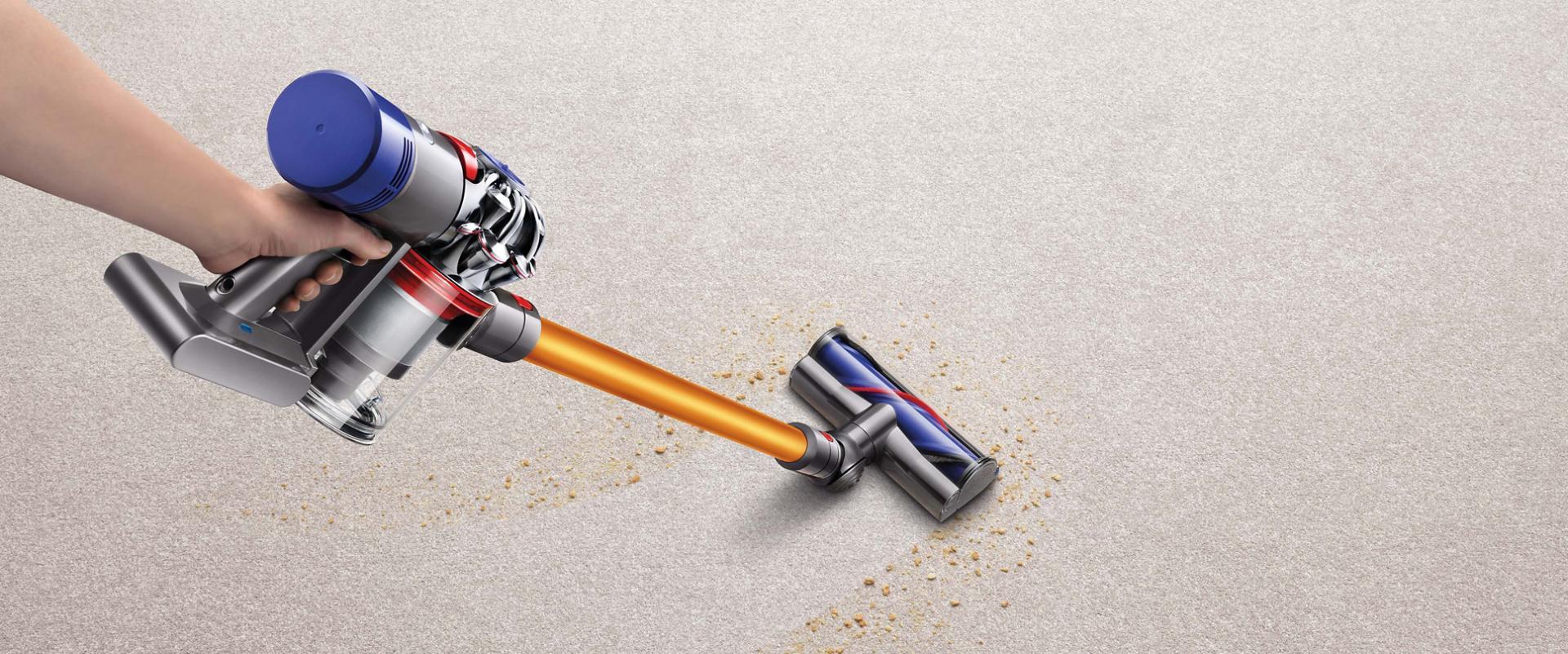 שואב אבק Dyson V8 אוסף לכלוך משטיח