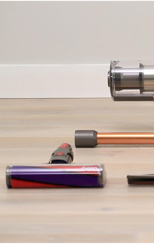 dyson v10 water