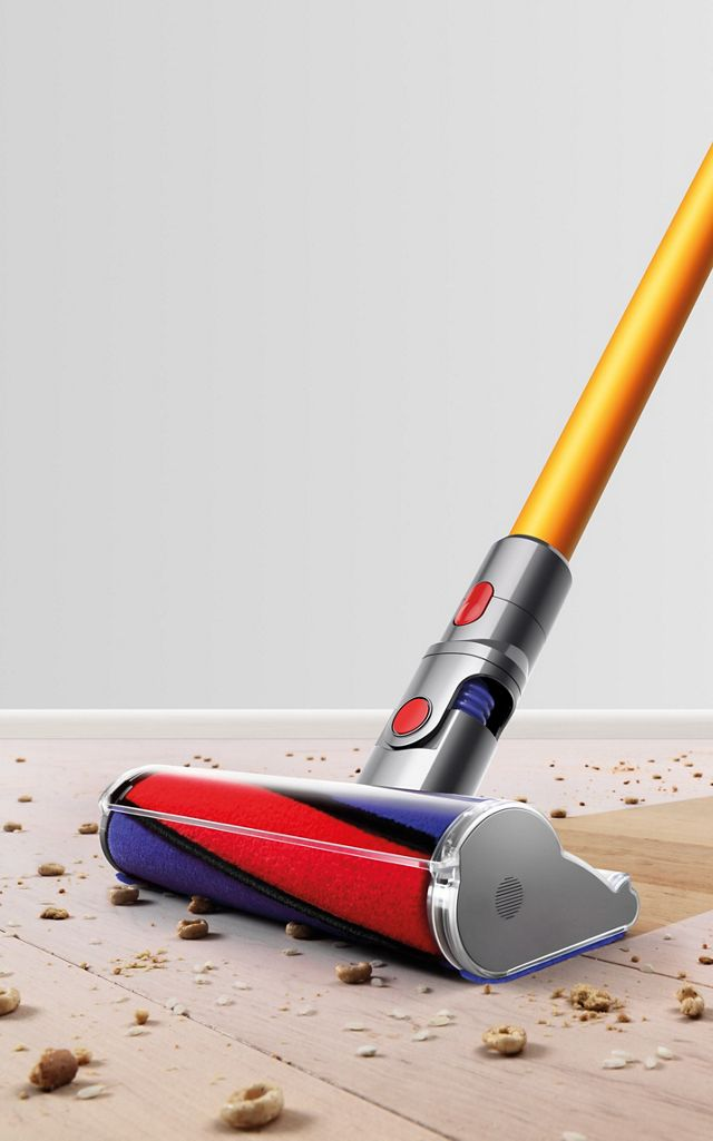 Dyson V8 Absolute Yellow