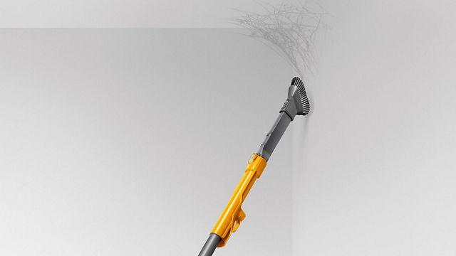 Vacuum cleaner combination tool