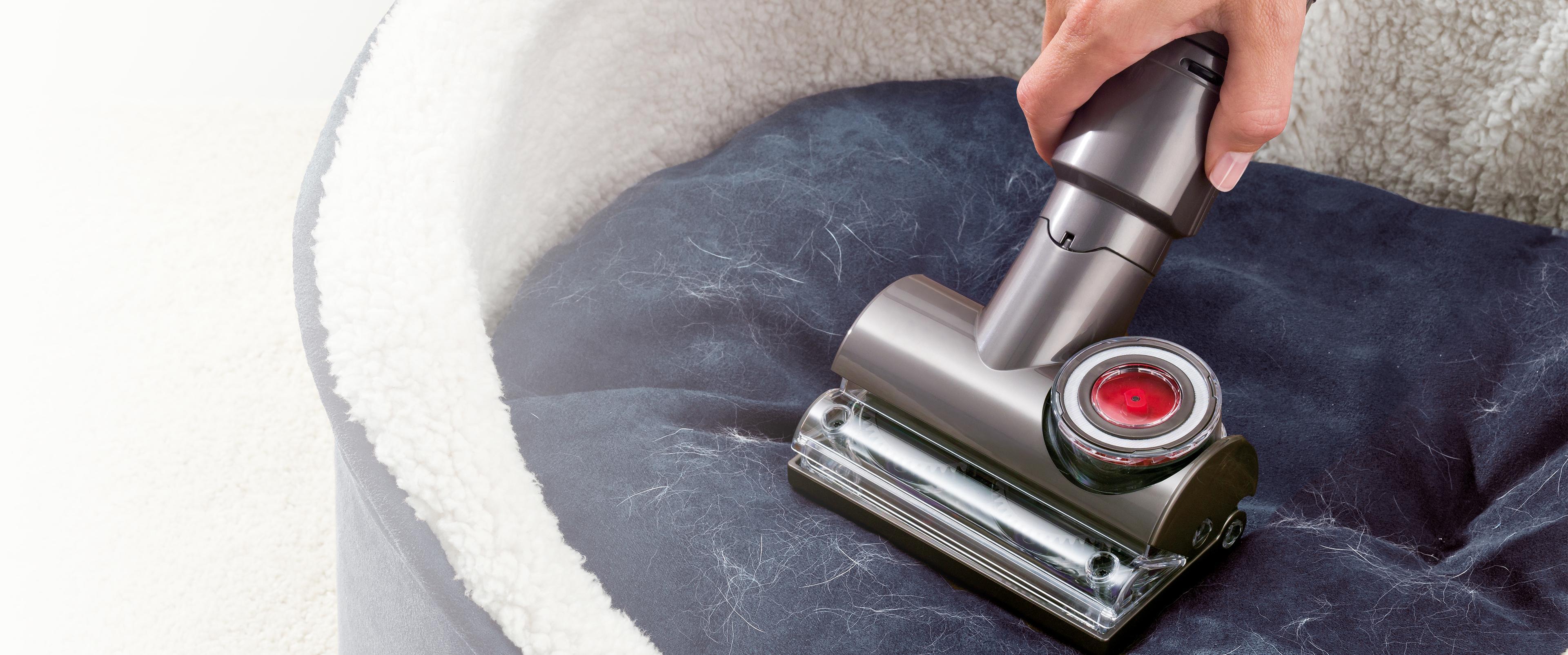 Tangle-free Turbine tool on dog bed