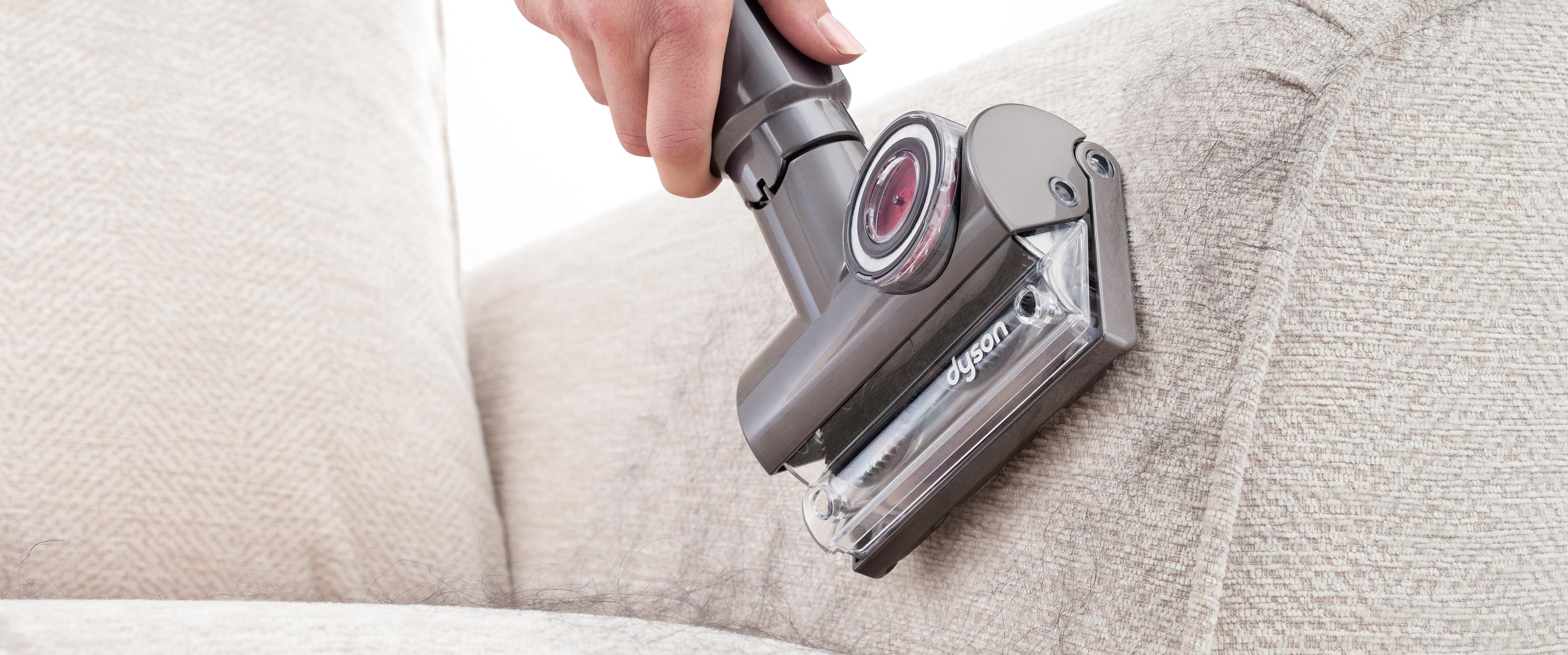 Tangle-free Turbine tool on sofa arm