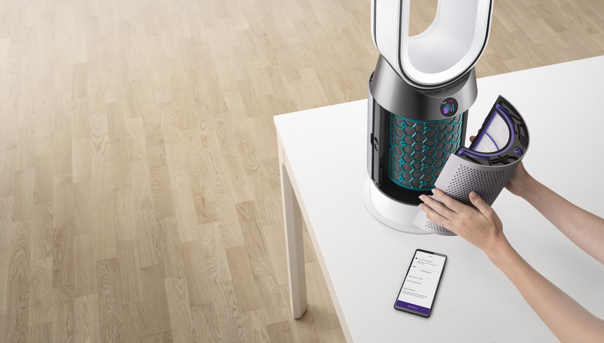 Demonstration of Dyson purifier filter being changed