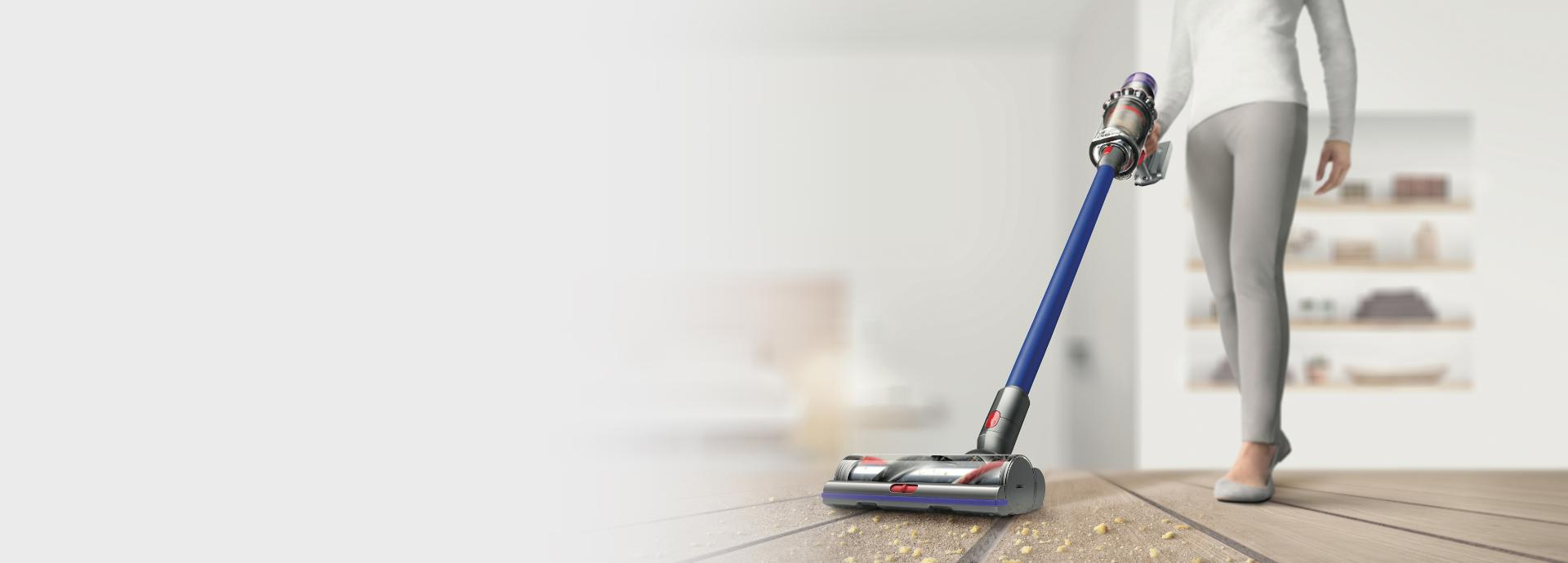 Dyson V11 vaccum cleaner lifting dirt from floor