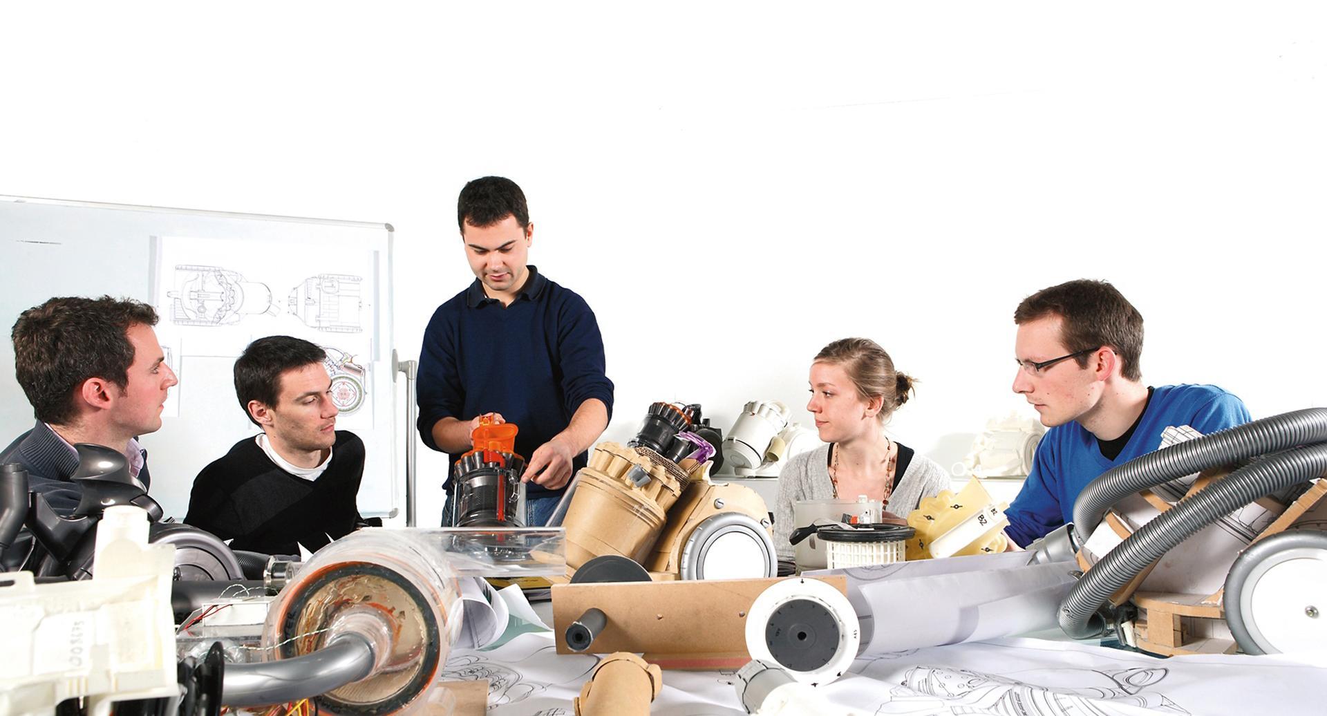 Sinh viên kỹ thuật tại Dyson