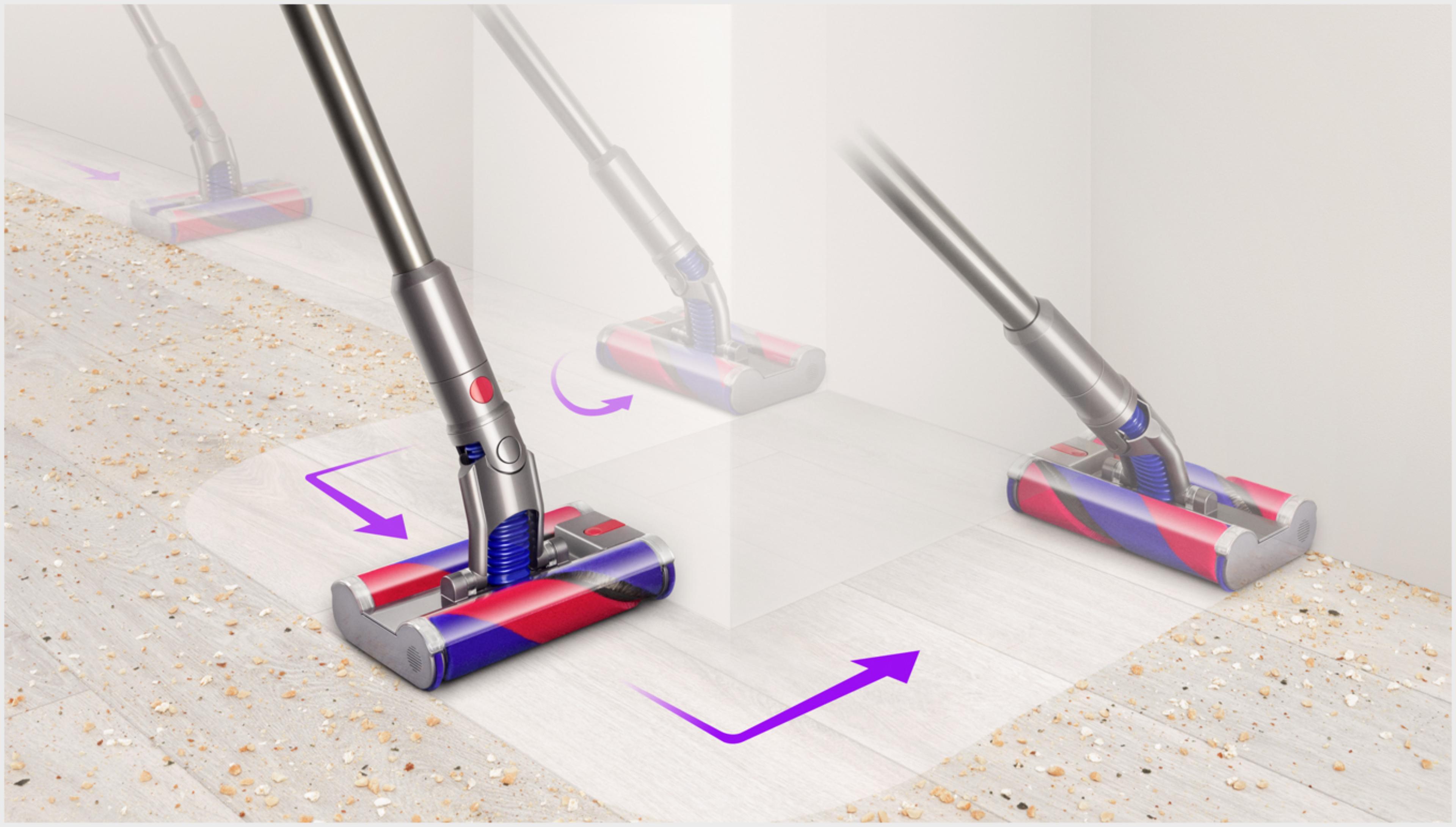 장애물을 피해 다이슨 옴니-글라이드™+ 진공 청소기를 제어하는 모습.