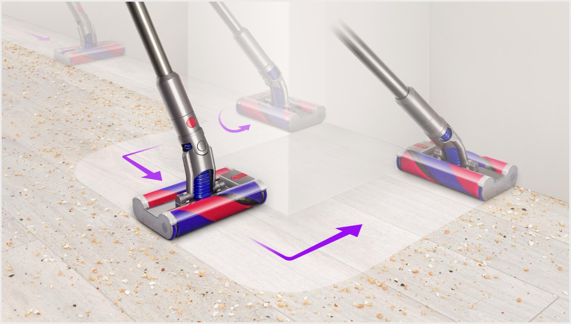 장애물을 피해 다이슨 옴니-글라이드™ 무선 청소기를 제어하는 모습.
