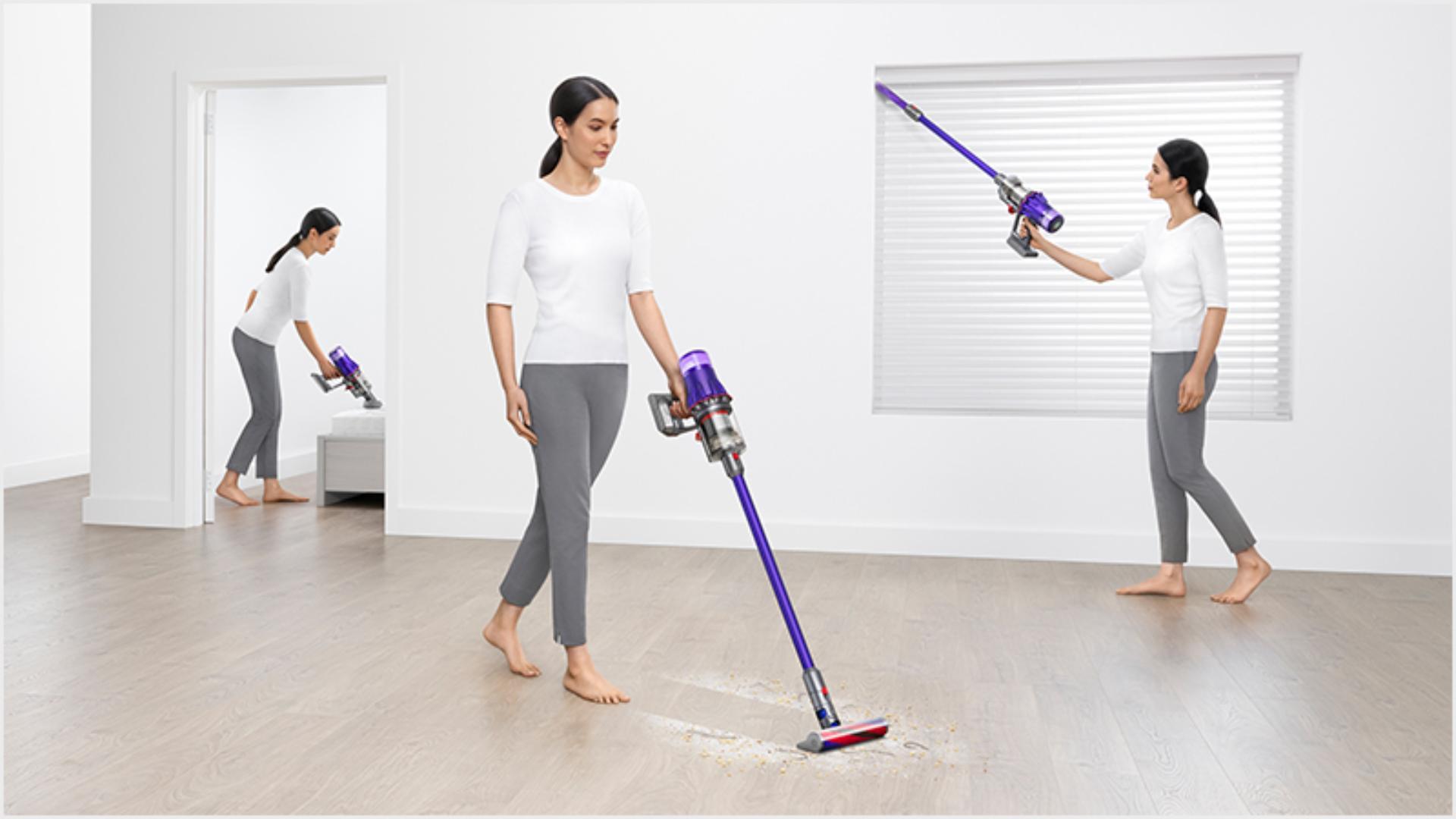 女性以三種不同方法清潔家居的圖像