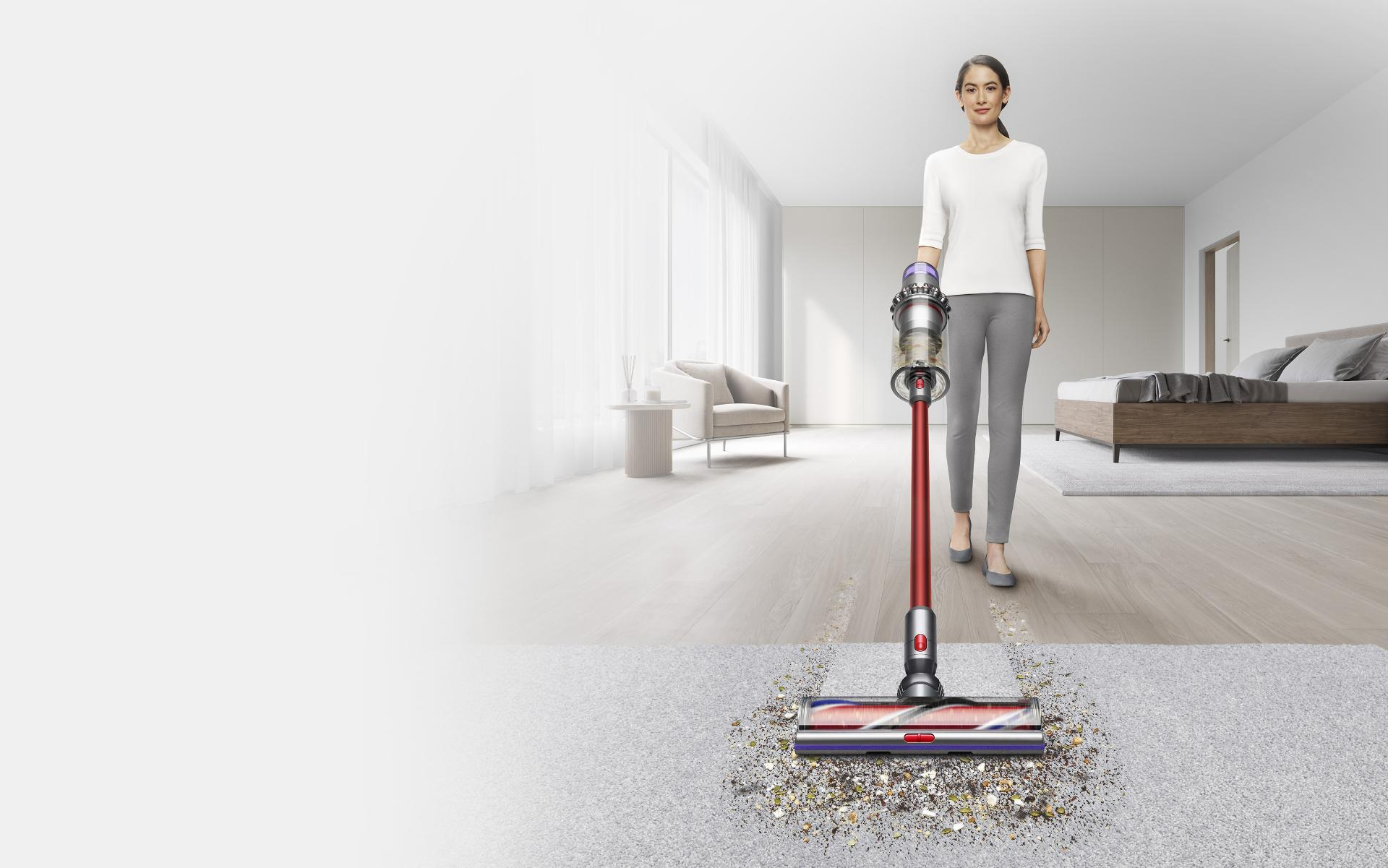 다이슨 아웃사이즈 무선 청소기가 카펫을 청소하는 동영상.