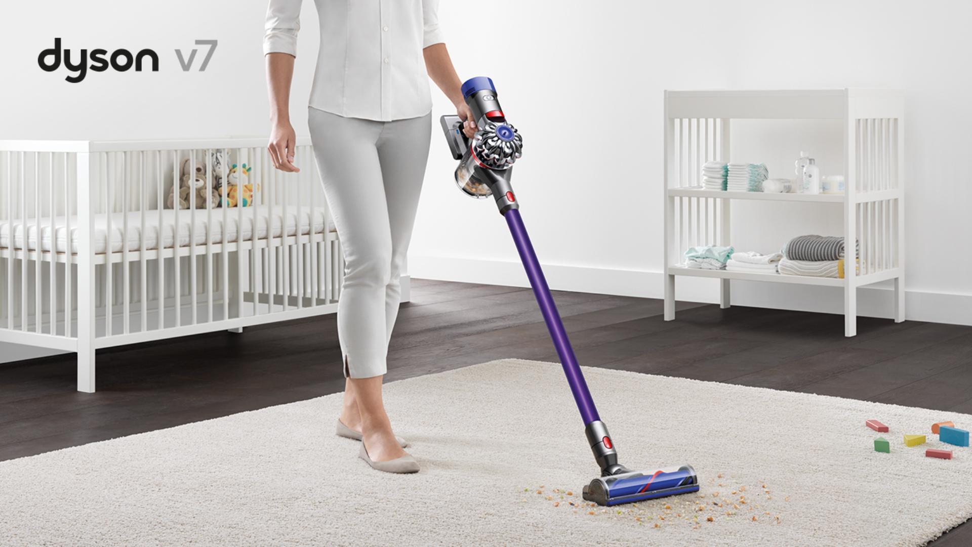 Dyson V7 Portable Cordless vacuum cleaner