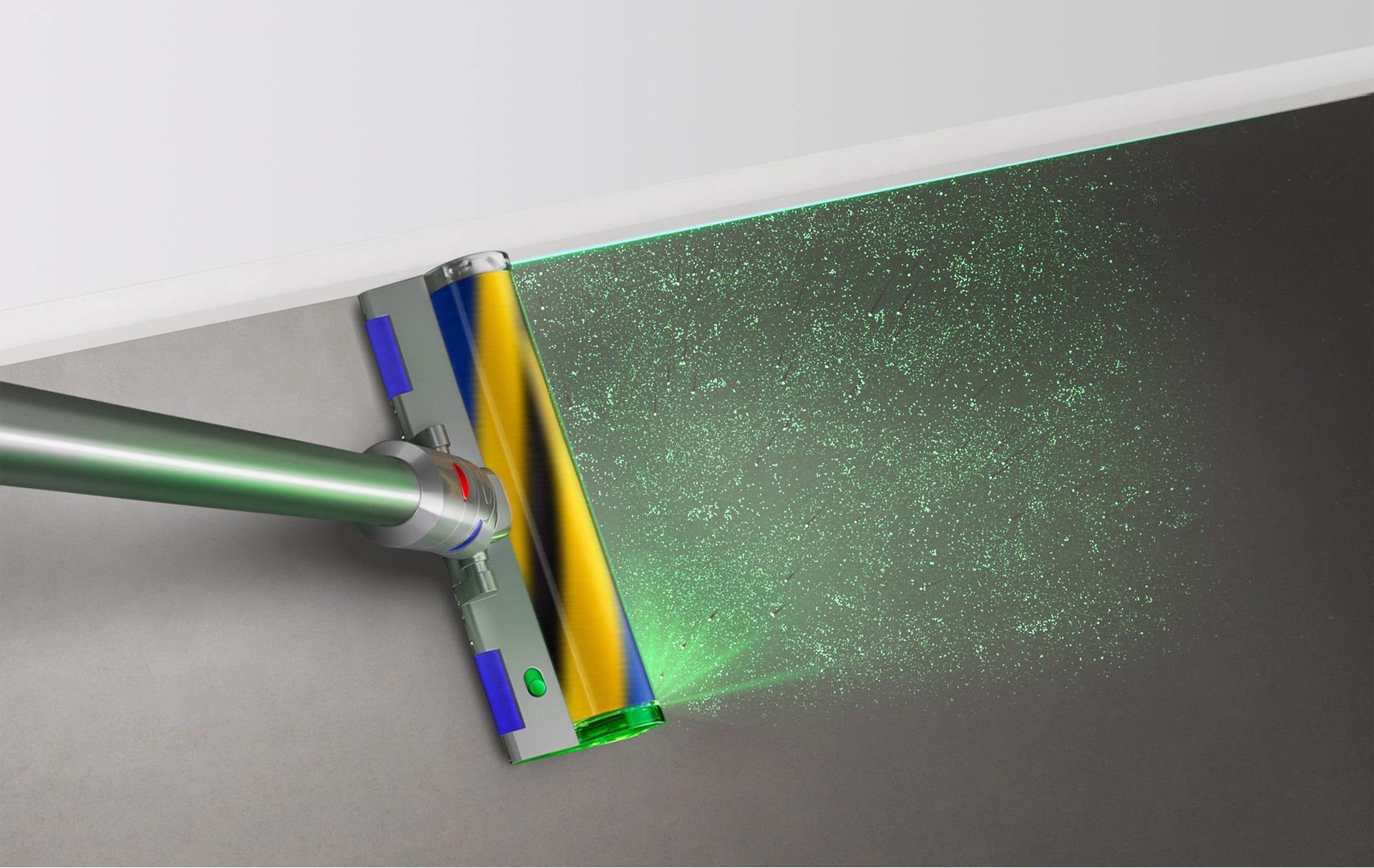 Đầu hút Laser Slim Fluffy đang làm sạch dọc theo một bức tường