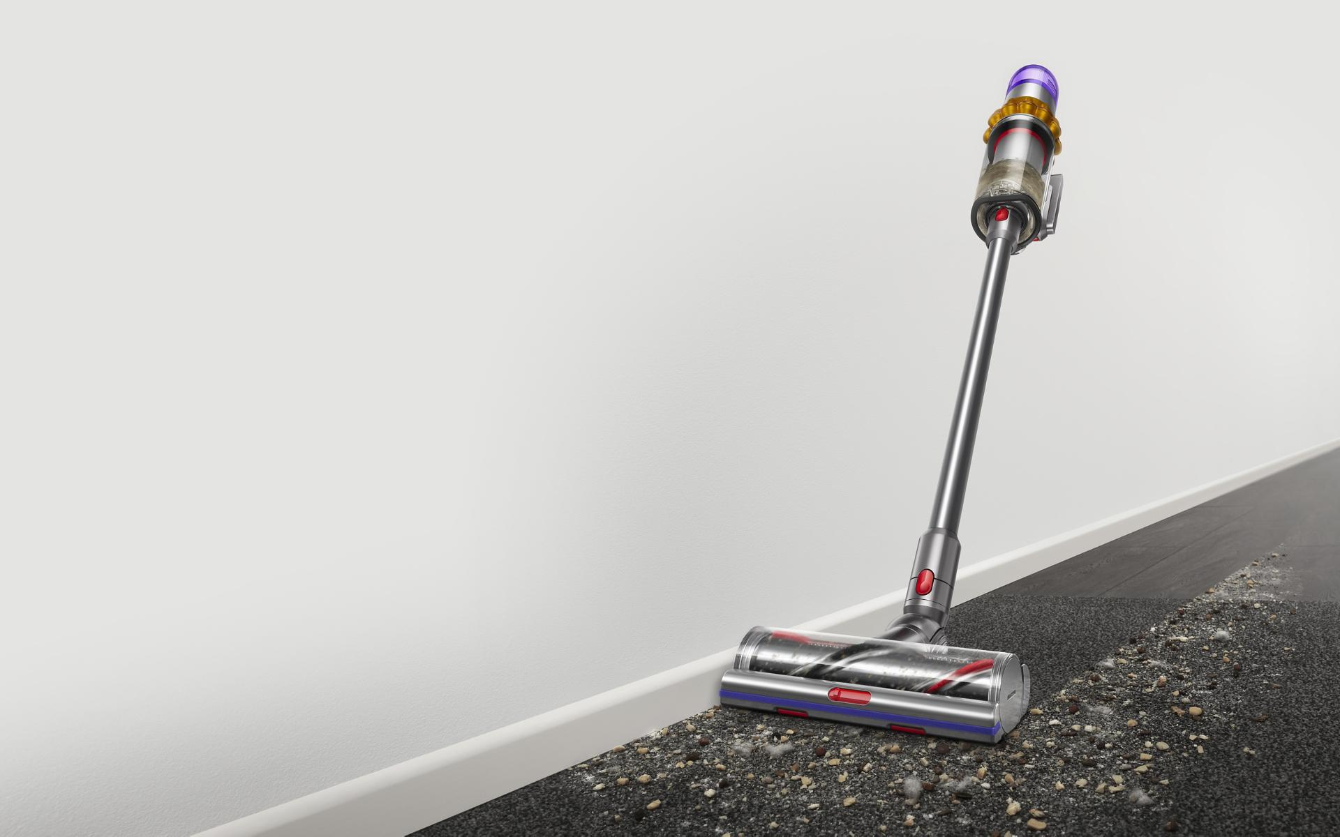 High Torque cleaner head with anti-tangle technology cleaning between hard floor and carpet