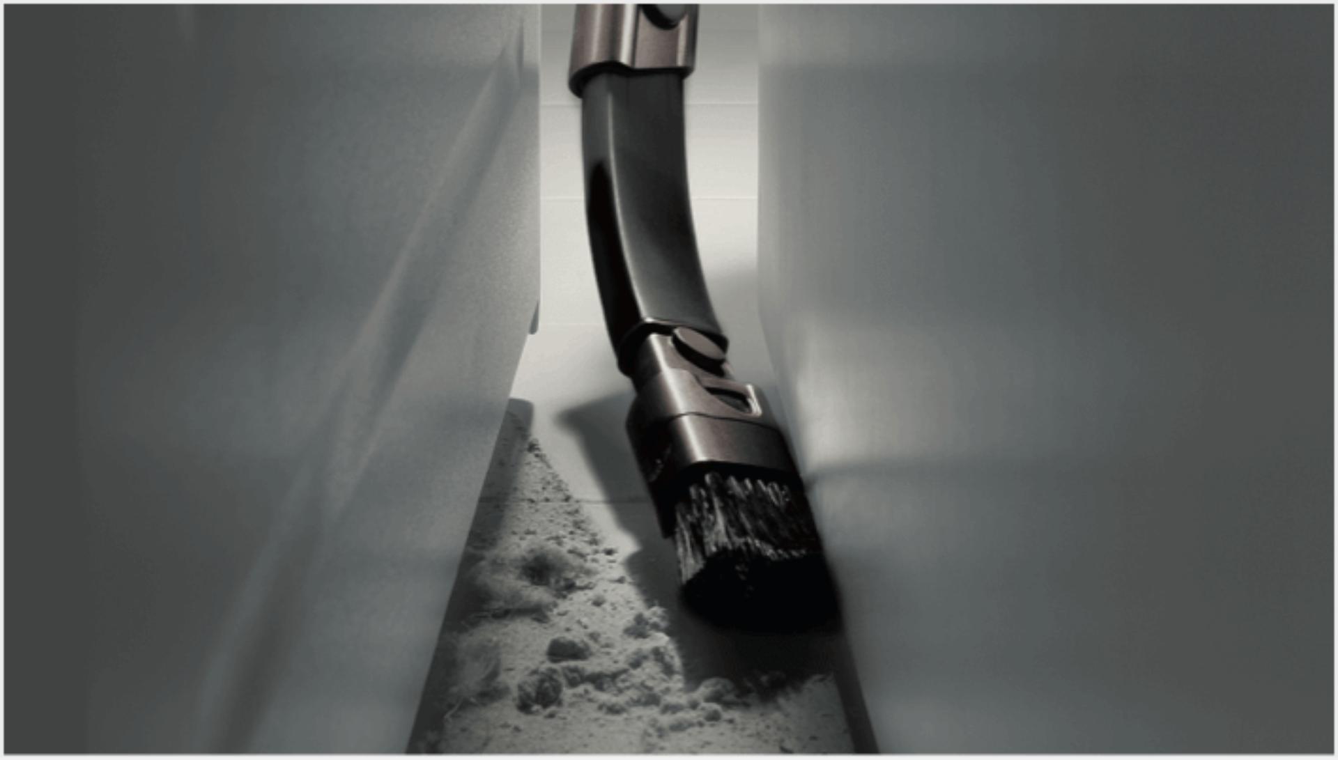 Herramienta flexible para limpieza de rincones y esquinas