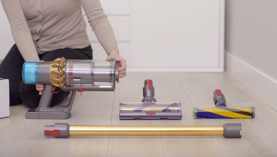 Kablosuz süpürgenin nasıl kurulduğunu gösteren video
