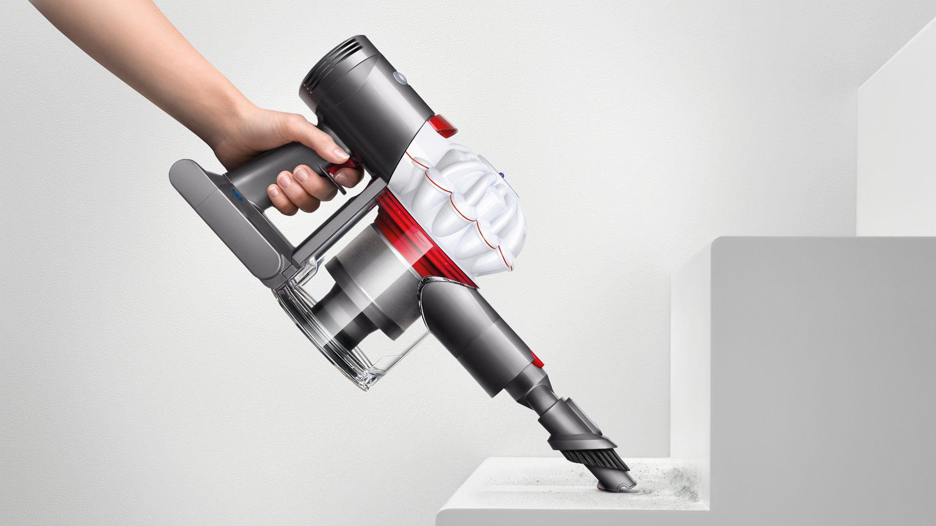 Buy the Dyson V7 Cord-free vacuum cleaner | Dyson Australia