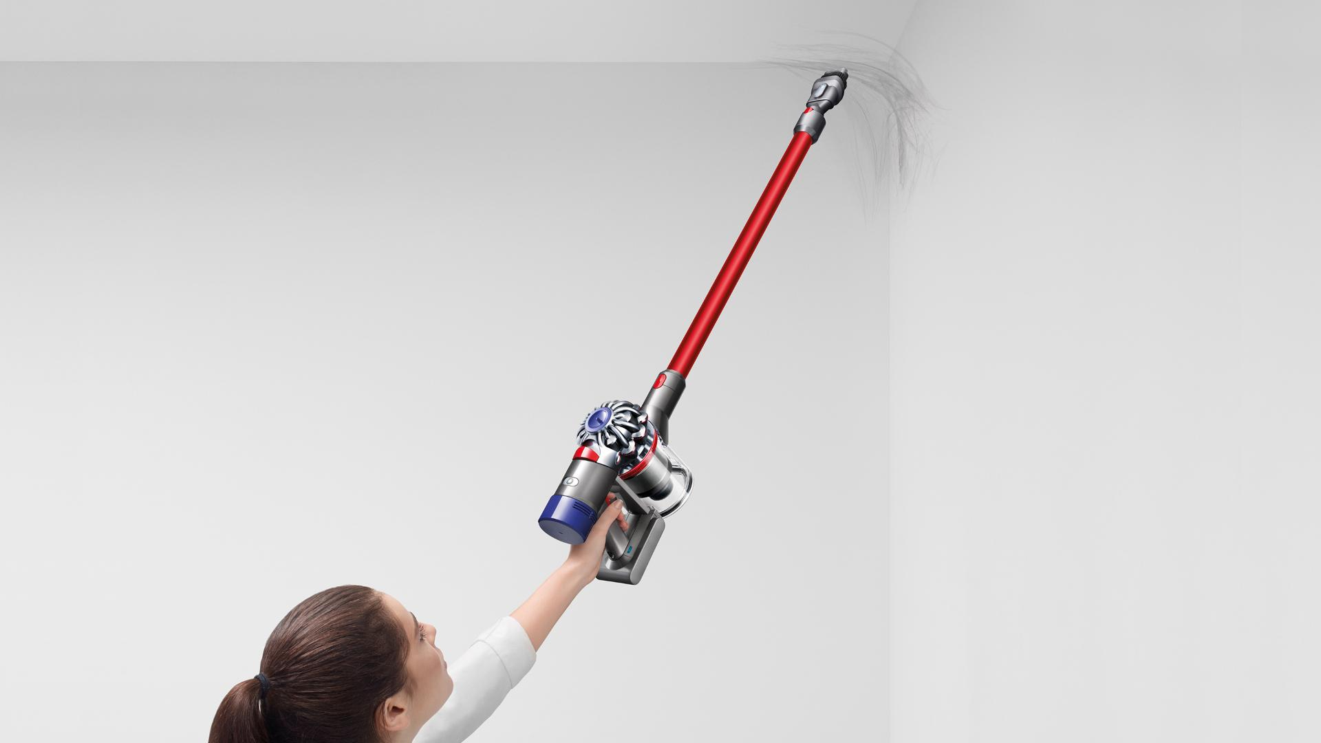 Model with Dyson cord-free vacuum