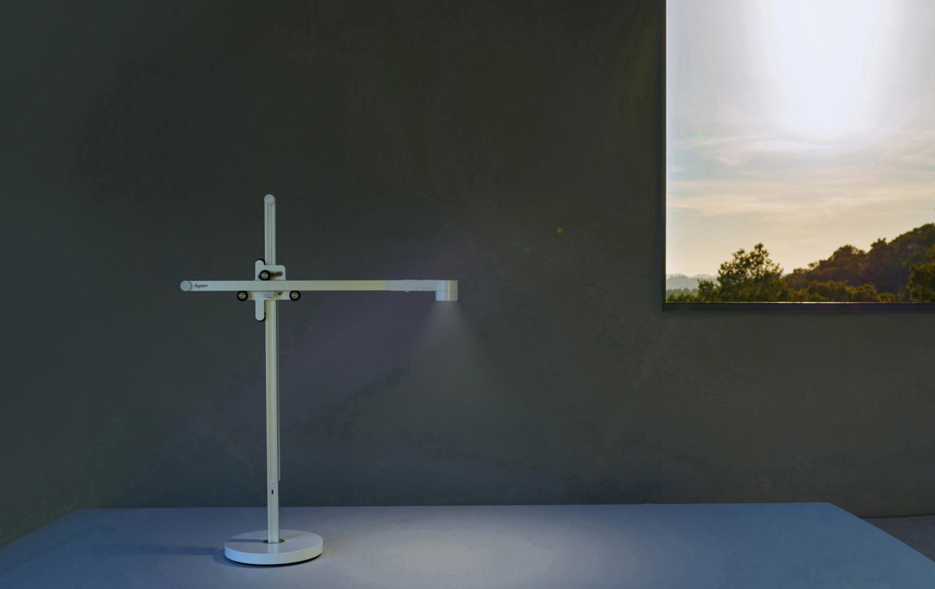 短片有關Dyson Lightcycle燈具根據日光來進行調節