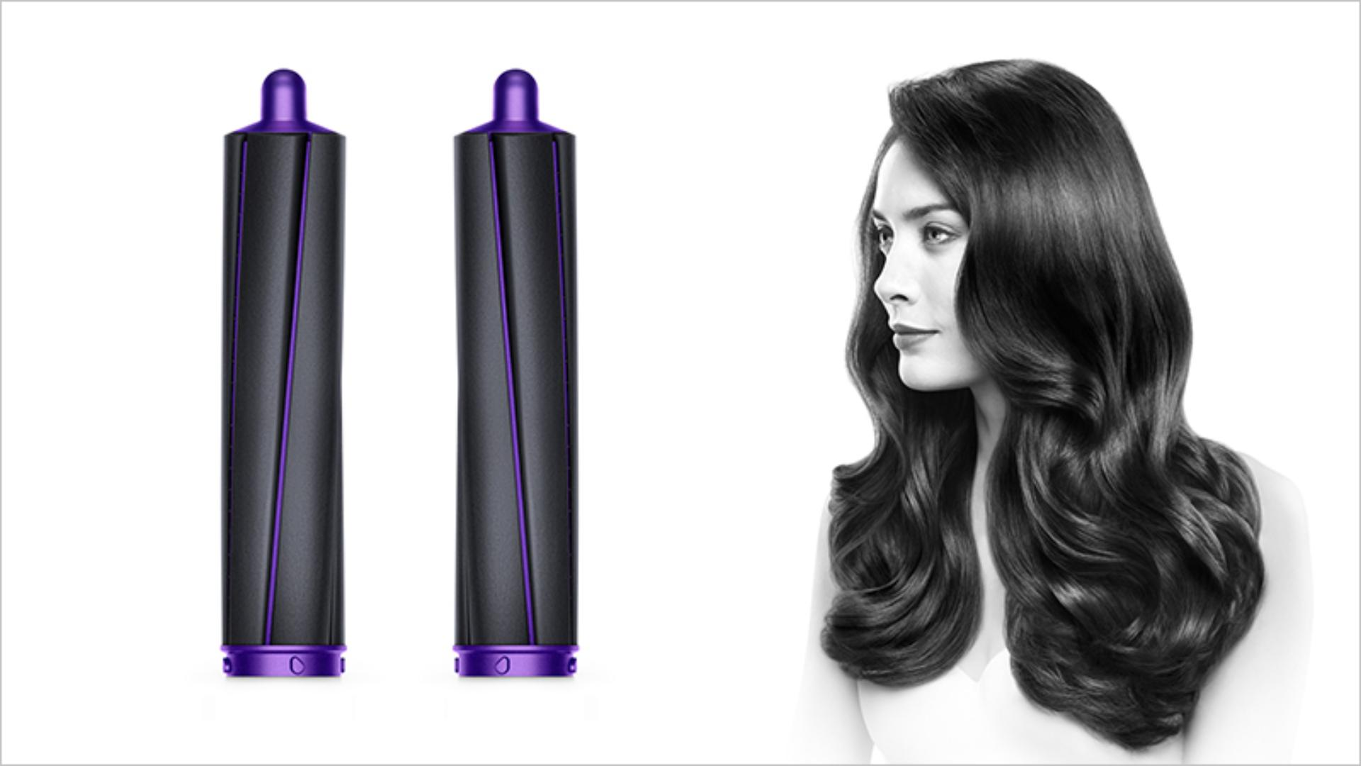 Photograph of a woman and 40 mm Airwrap™️ long barrels (Black/Purple).