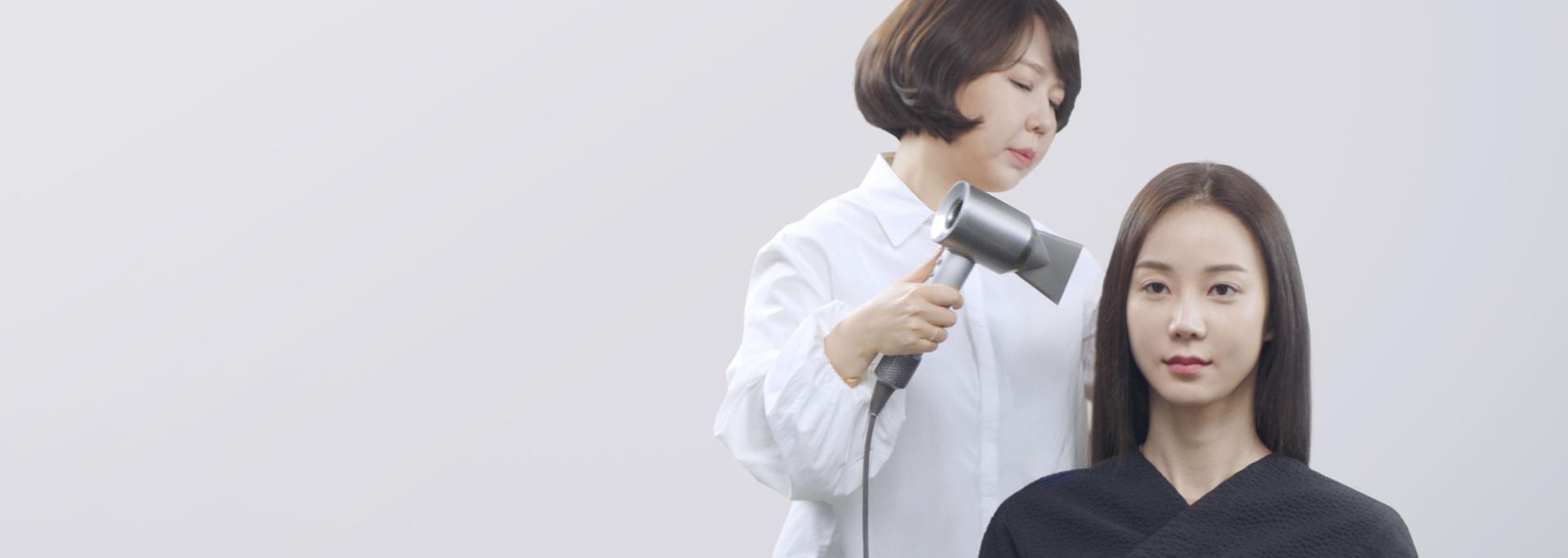 살롱 내 스타일리스트 동영상
