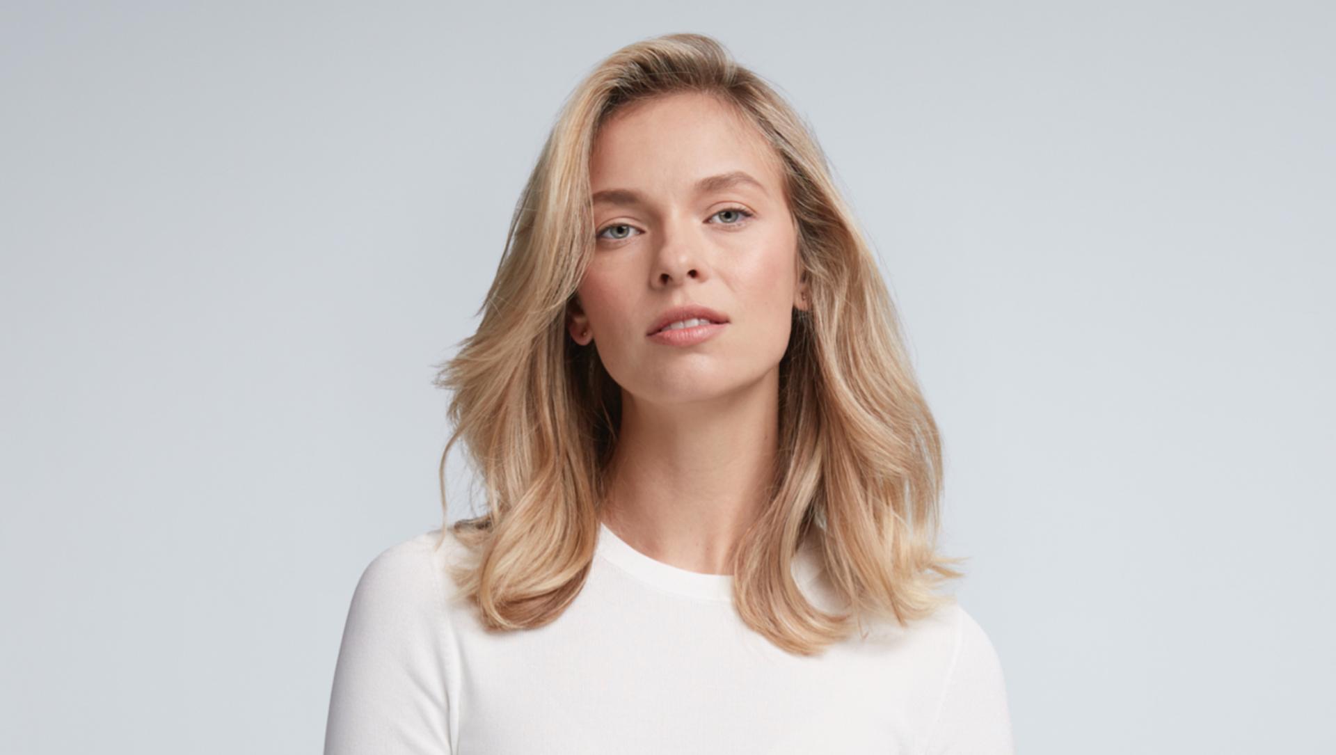 Daha uzun saç ömrü ve canlılık için kısa saçınızı nasıl şekillendireceğinizi gösteren video.
