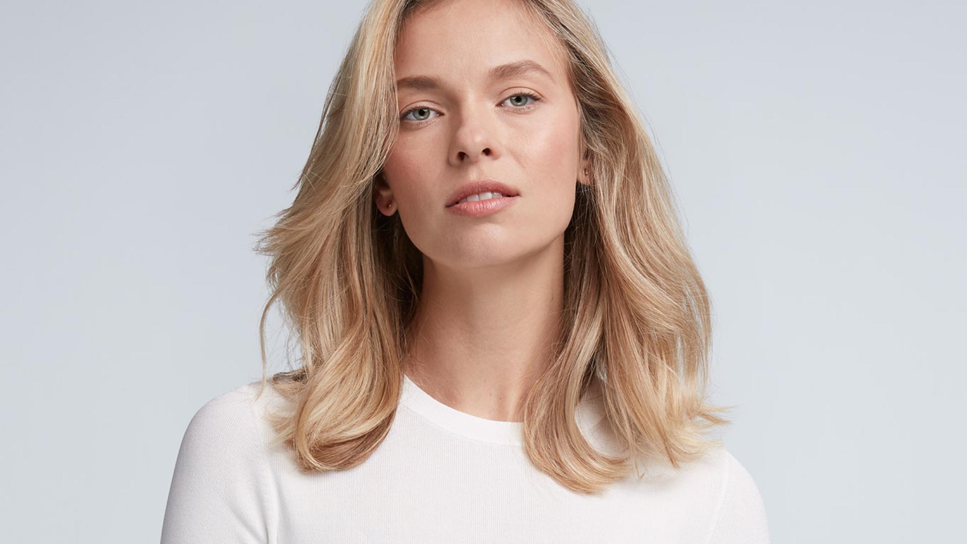 '層次分明的髮型