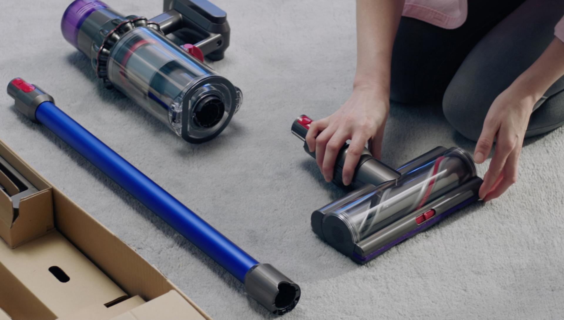 Dyson V11 getting started video