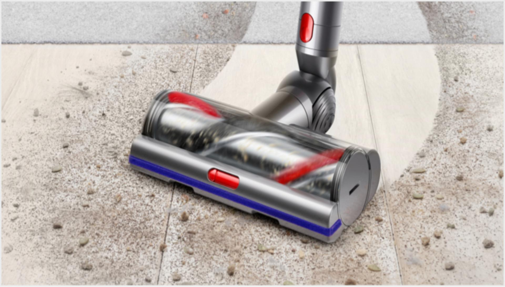 High Torque cleaner head cleaning different floor surfaces