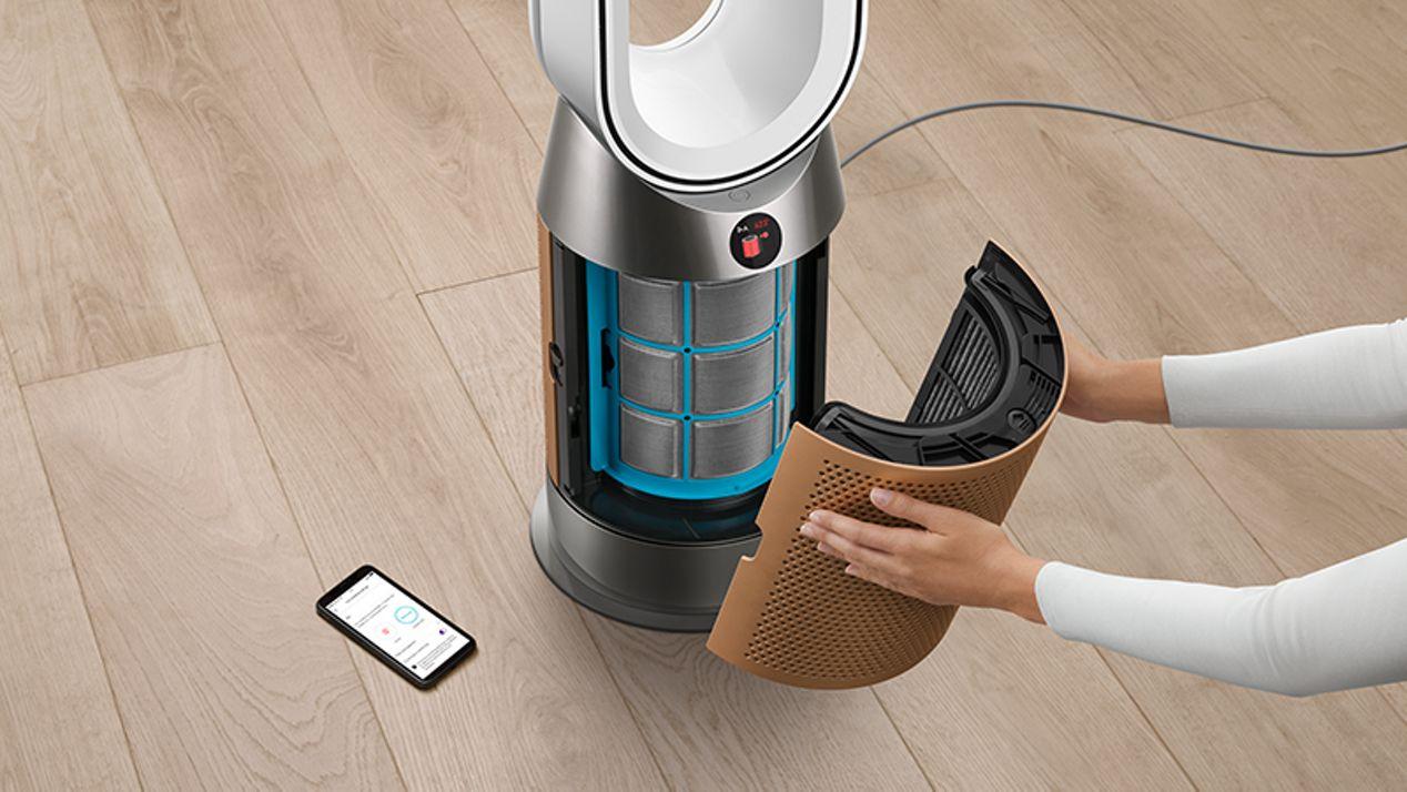 Changing air purifier filter